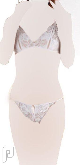 مجموعه جديدة من اللانجرى لعشاق التميز 24- ملابس نسائية على شكل طقم ملابس داخلية اللون أبيض.