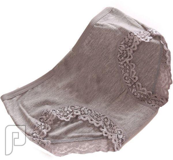 مجموعه متميزة من السراويل الداخلية للنساء (ملابس داخلية)