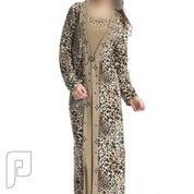 مجموعه متميزة من الملابس والفساتين النسائية 6- قفطان نسائي طويل متعدد الألوان ذو مقاس XL.