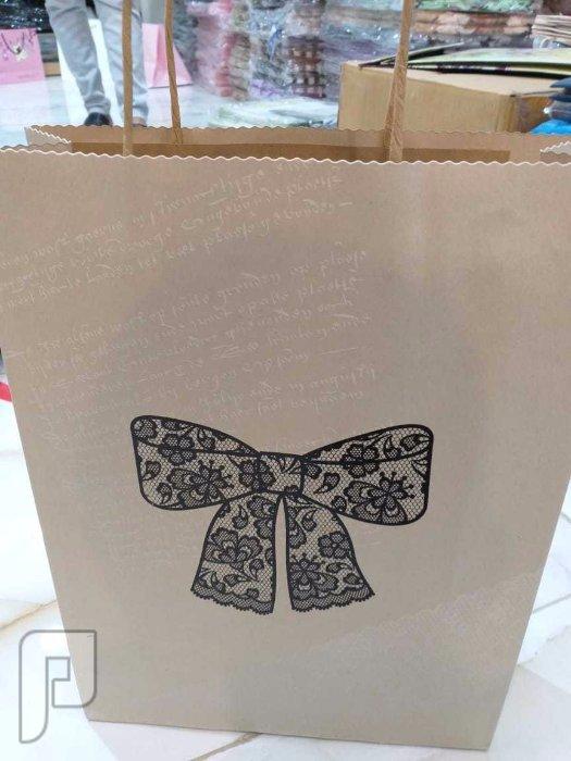 اكياس هدايا بالجمله لجميع الاستخدامات وطباعه على اكياس الهدايا