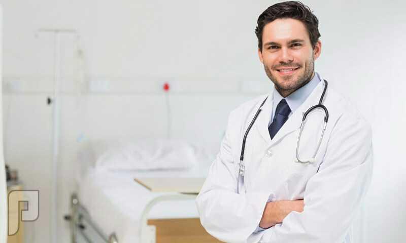 طبيب باطنية بالرياض
