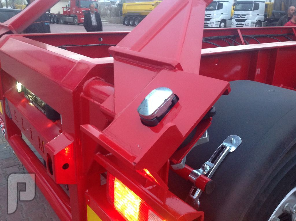 Tipping Container Trailer 20-30-40 Feet