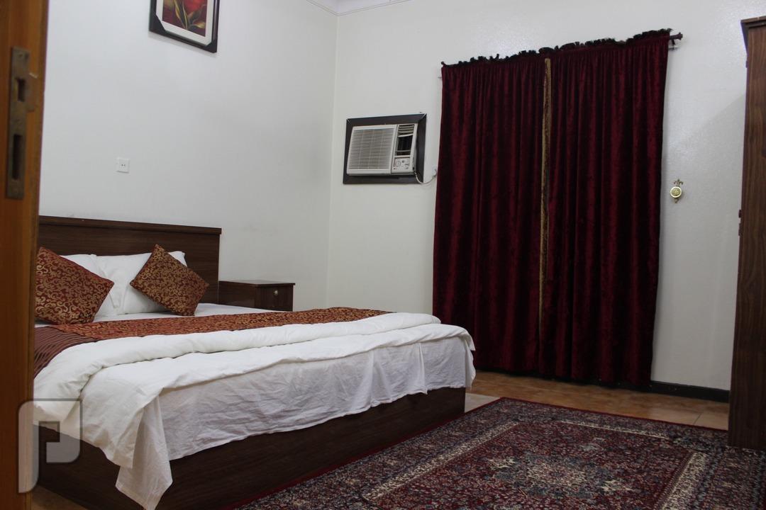 شقق فندقيه للايجار الشهري و اليومي بالباحه وسط المدينه