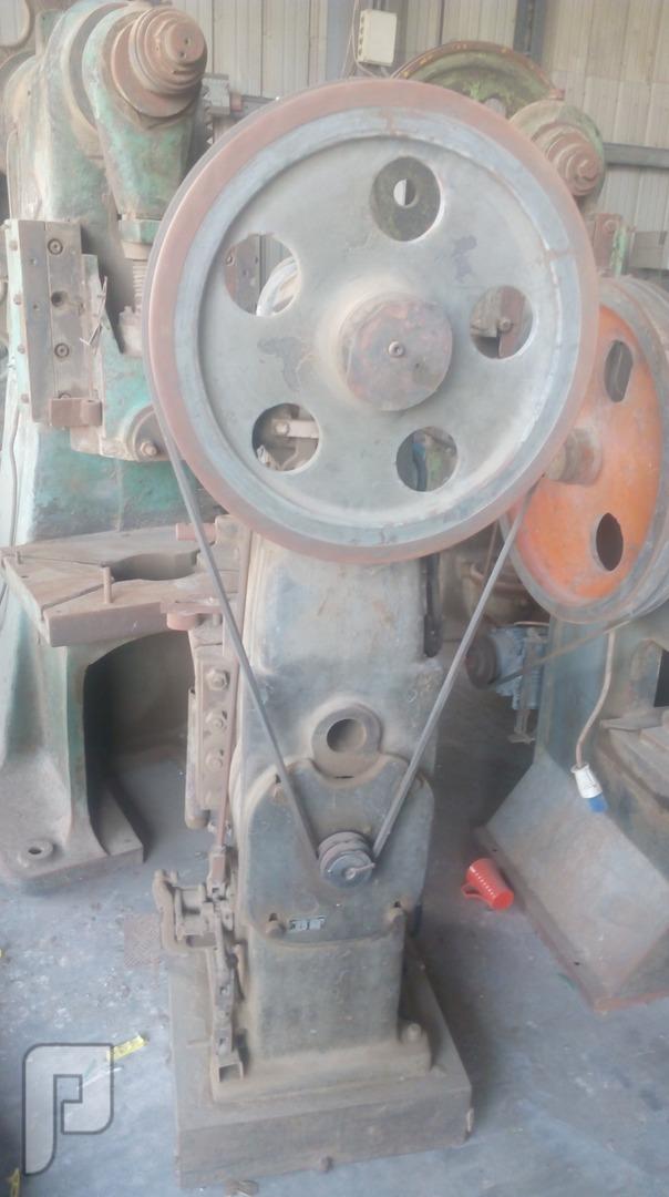 معدات مخارط و ورش متنوعه