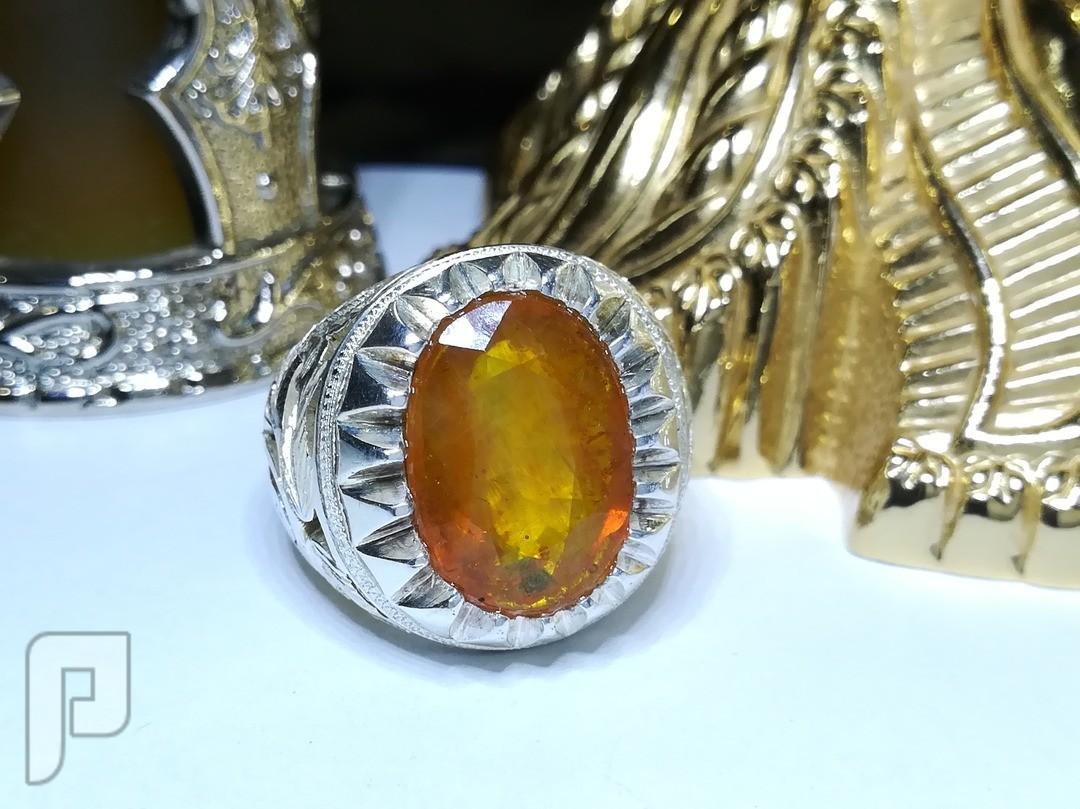 خاتم ياقوت اصفر طبيعي غير معالج