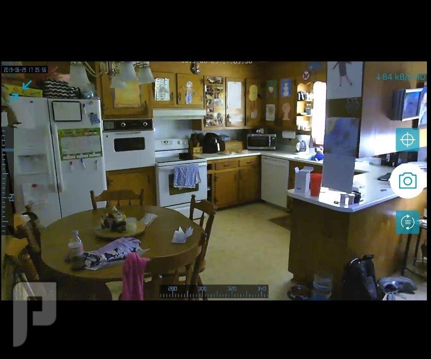 كاميرات مراقبة وايرلس يمكن التحكم بها بلجوال