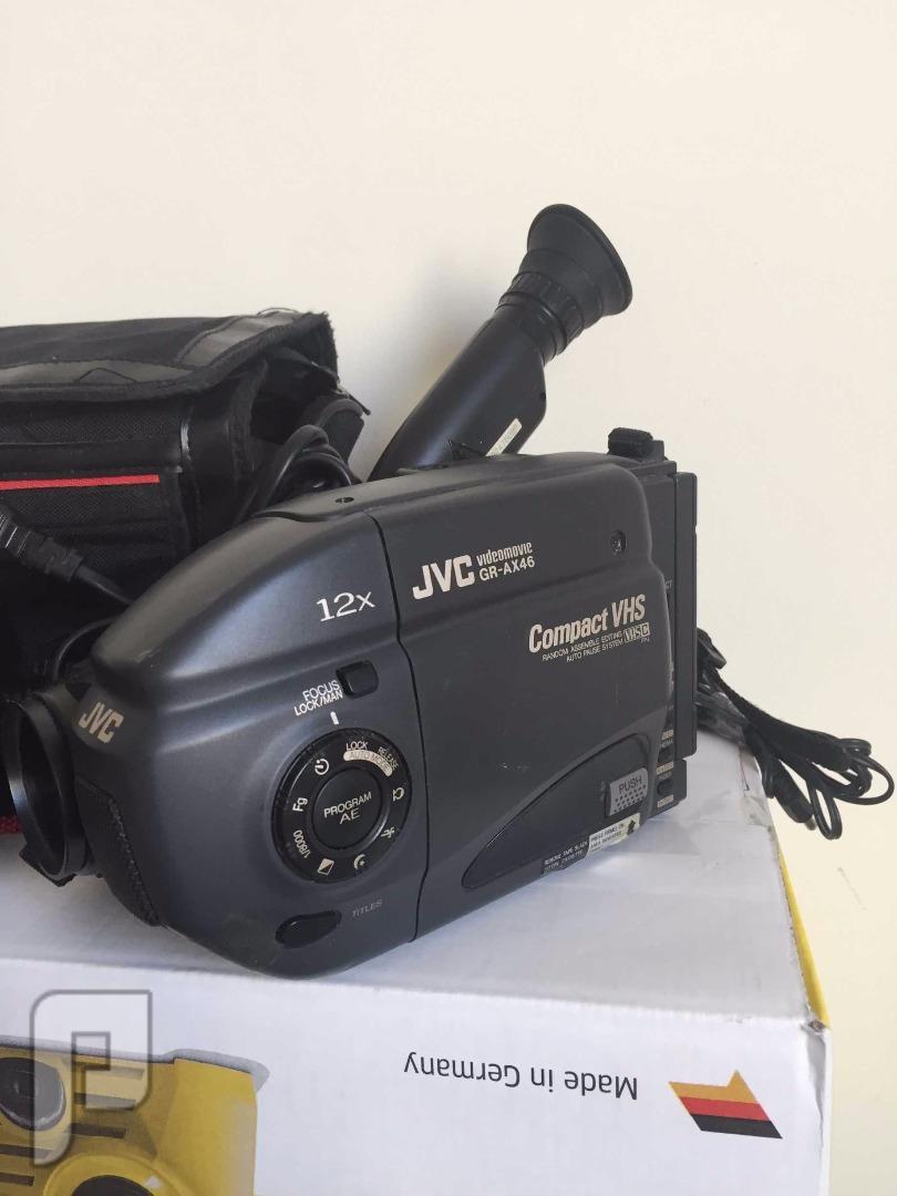 كاميرا فيديو جي في سي بحالة ممتازة