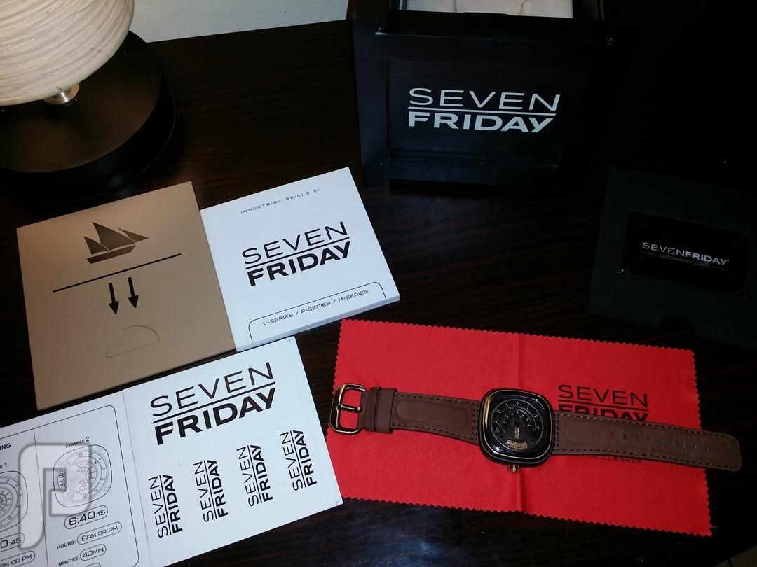 للبيع ساعة سفن فرايدي اصلية اصدار خاص sevenfriday بالعربية أغراضها كاملة بالضمان
