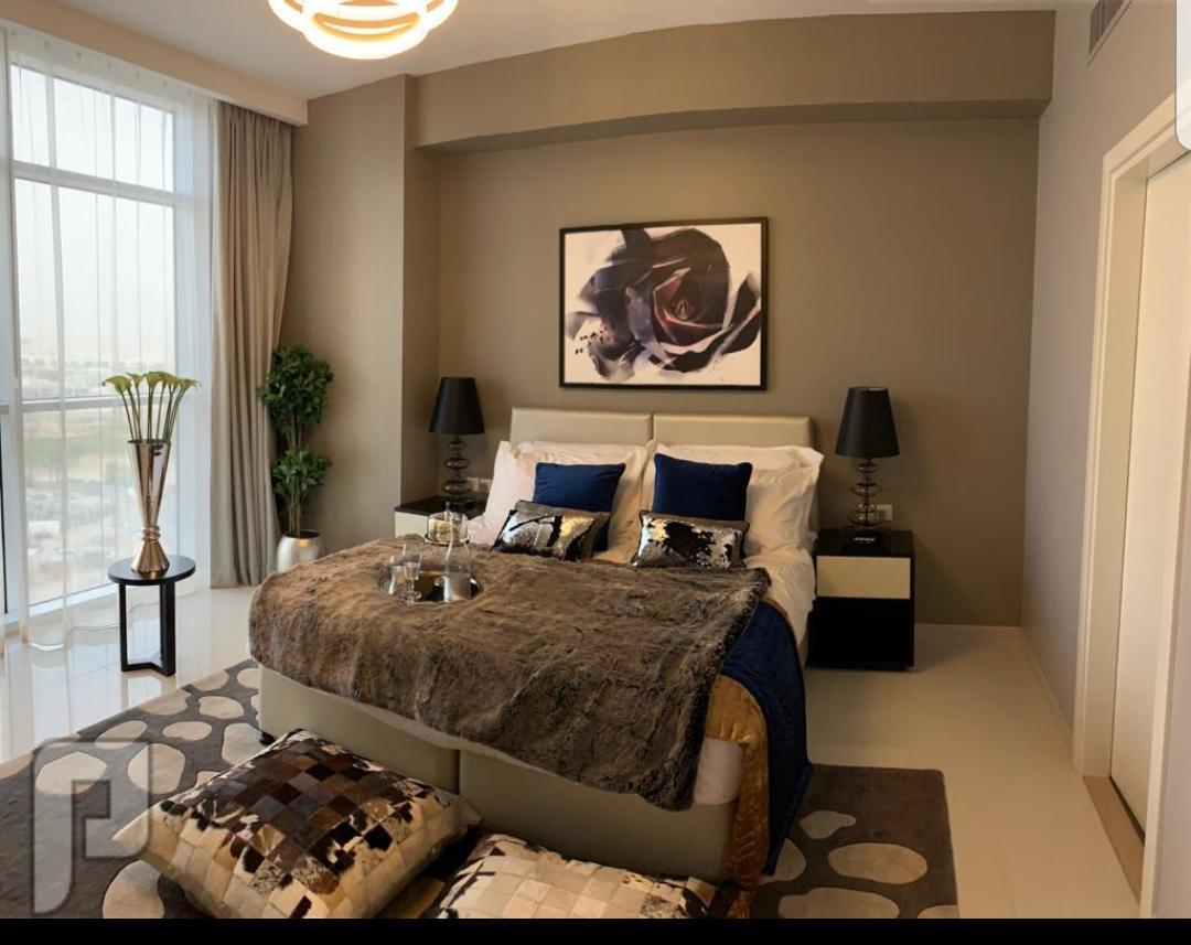 تملك شقة راقيه في دبي اطلاله علي جولف