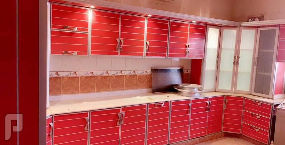 فني مطابخ المونيوم وصيانات عامة للمطبخ