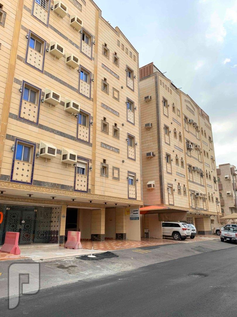 شقه تمليك خلفيه بمشرفه 125 متر خلف وزارة الماليه